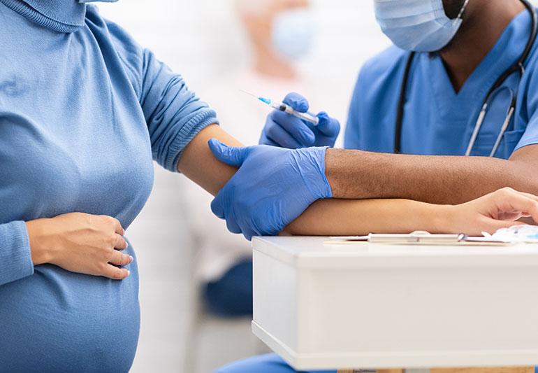 Tính an toàn và hiệu quả của việc tiêm vắc xin COVID-19 trong thời kỳ mang thai